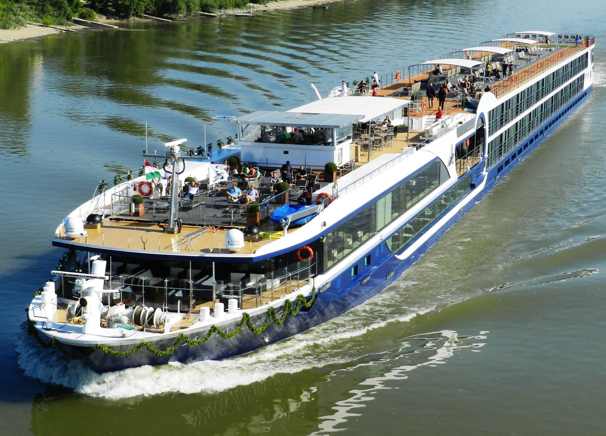 Avalon Waterways- Cruise Ship
