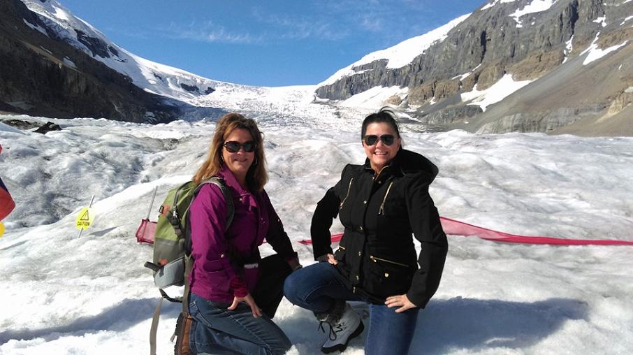 Hiking in the Snow - Trafalgar Canada